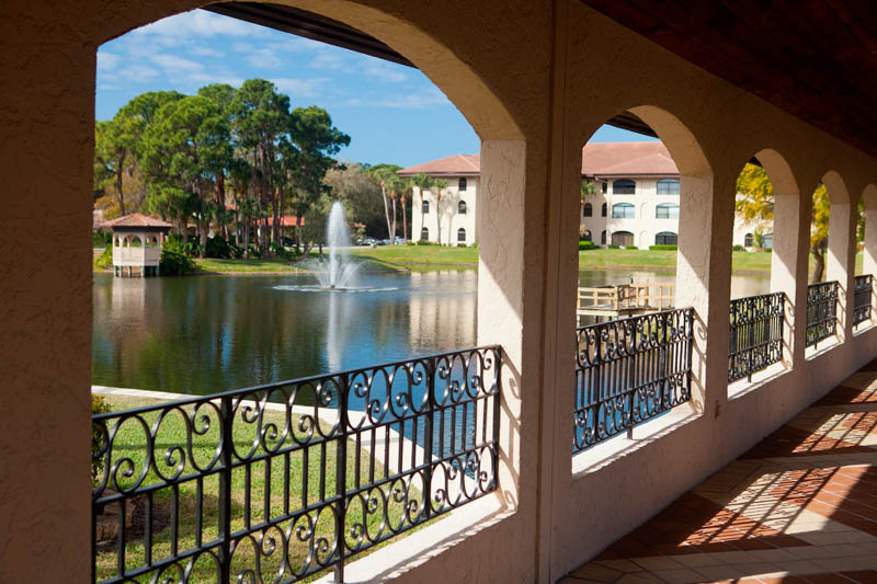 Living here is like being in Central Park; close to the vibrant cultural center of Sarasota yet surrounded by lakes, lawns, fountains, trees and birds.